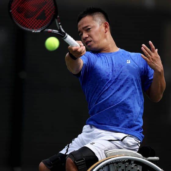 車いすテニスプレーヤー・眞田卓選手