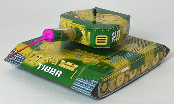 回転攻撃型花火「タイガータンク」