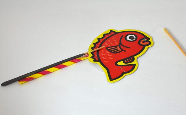 趣味系手持ち型花火「釣り名人」