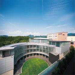 大阪芸術大学