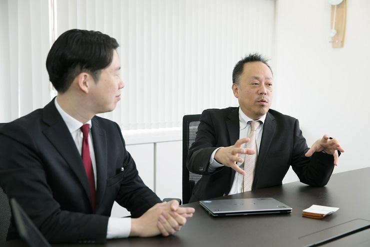 湯野氏と西内氏の写真
