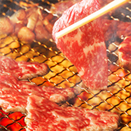 肉が焼ける音♪