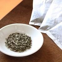 ぶすの実の茶