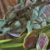 さっぱりして食べやすい ごんぼっ葉で作った笹団子