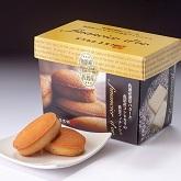 佐渡産のバターと魚沼産コシヒカリ米粉を使用