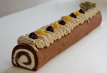 なが~いロールケーキ(モンブラン)