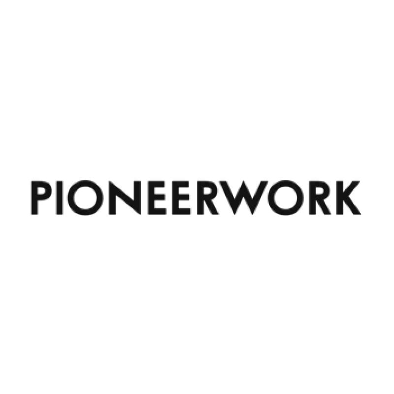 株式会社Pioneerworkロゴ