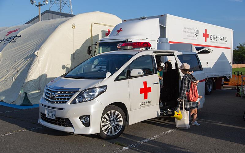 石巻赤十字病院の救急車