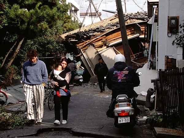 【世界の出来事】:阪神・淡路大震災(1995年1月18日)