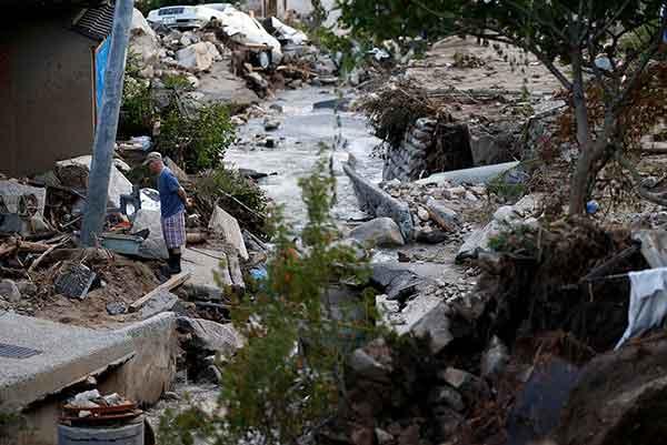 広島に記録的局地豪雨:土砂災害で多数の死者