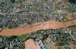闘竜灘浸水状況