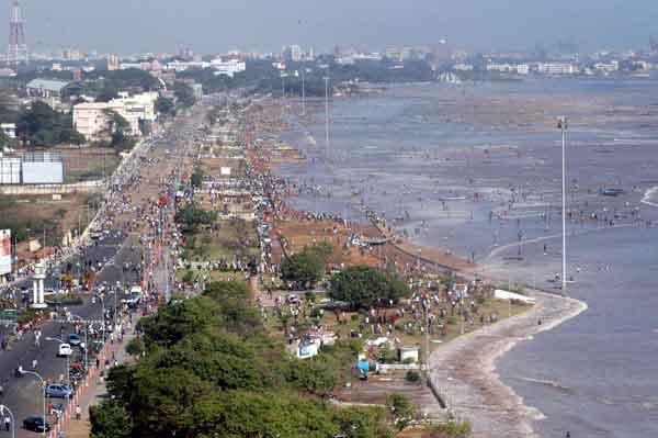 スマトラ島沖地震・インド洋巨大津波:インド・チェンナイ沿岸部の被害