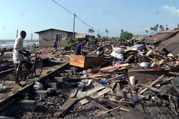 スマトラ島沖地震・インド洋巨大津波:スリランカ沿岸部の被害