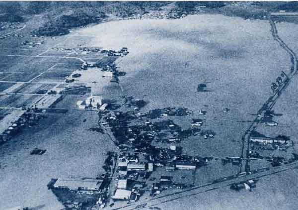 昭和51年9月台風17号による瀬戸内市(旧長船町)浸水状況:吉井川において、死者・行方不明者6名、被災家屋13,759戸の被害(岡山県全域)が発生