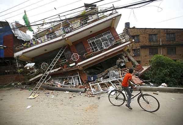 ネパールでM7.8の地震(2015年4月28日)