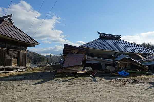 長野県神城断層地震の被害状況(2014年11月28日撮影)