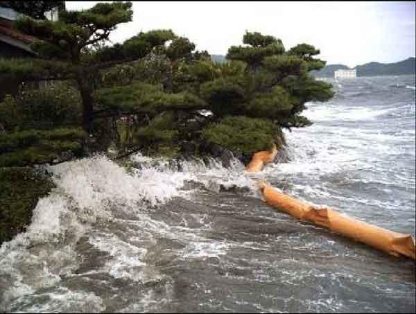 平成16年8月台風15号の高潮による浸水:斐伊川(中海)において、浸水被害が発生
