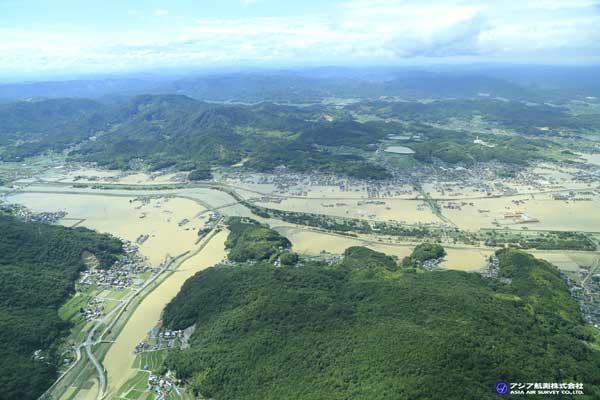 岡山県倉敷市真備町付近 小田川と真谷川の合流点付近(2018年7月8日撮影)