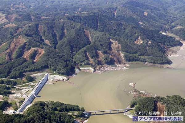 キウキチ沢上流から厚幌ダム右岸側を撮影(2018年9月6日撮影)