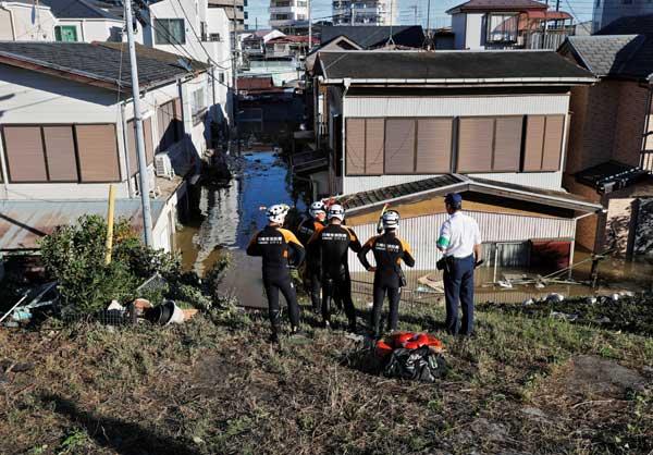 台風19号、東日本各地に被害 神奈川県・川崎市 多摩川付近