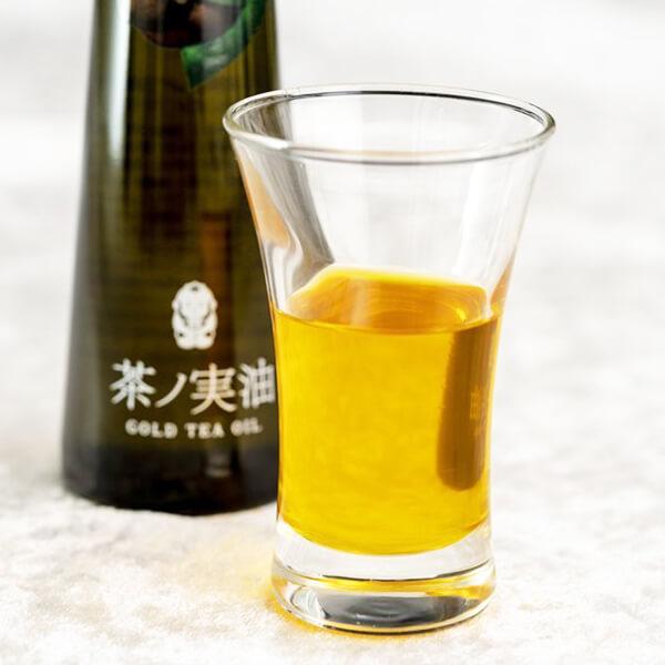 無ろ過・生搾り「茶ノ実油」の写真