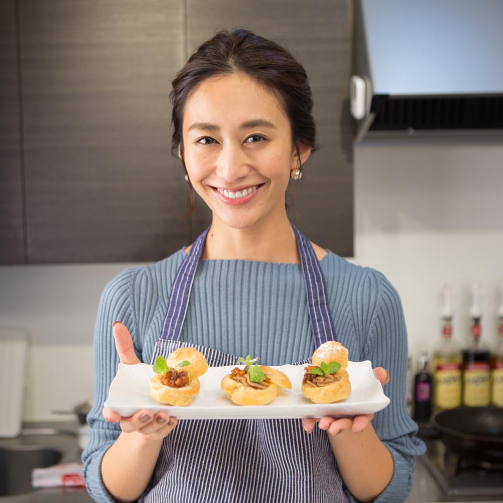 神山まりあさんの、ほんわか幸せレシピ【りんごと紅茶のプチ・シュークリーム】の写真