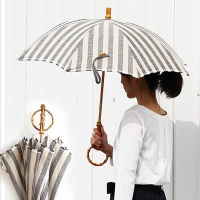 リネンと竹の日傘の写真