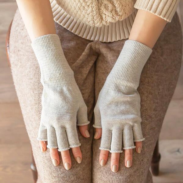 コットン指なし手袋の写真