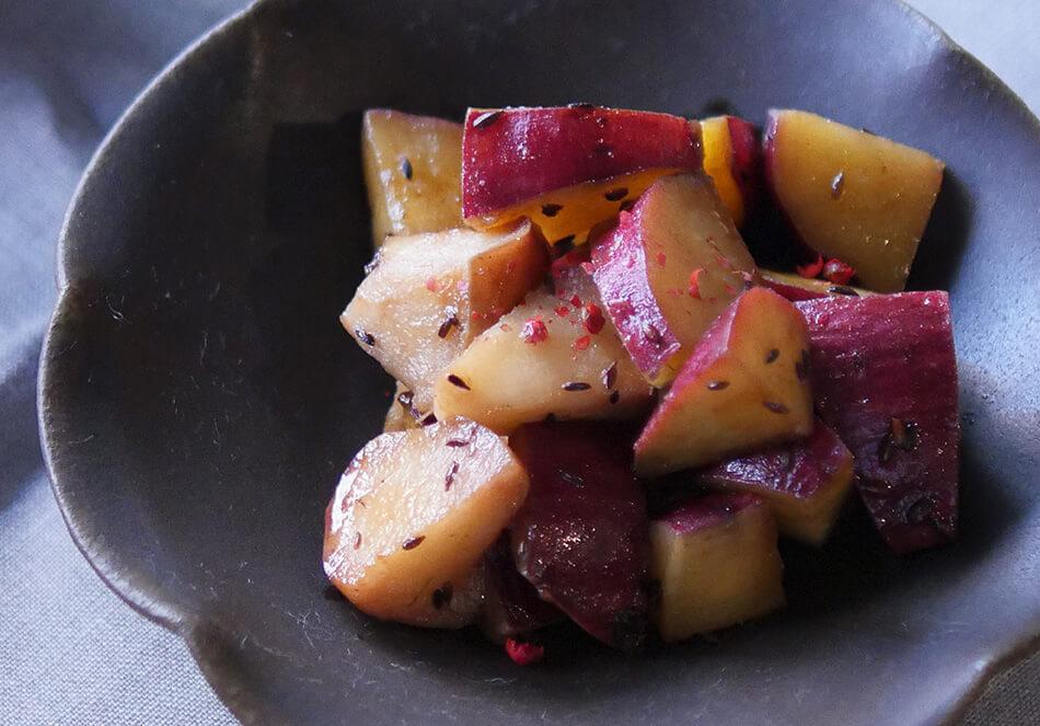 さつまいもとりんごの温サラダ