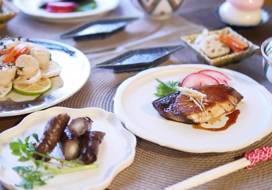 オーガニックで彩るおせち料理<br>ブリやホタテのメインレシピ3品の写真