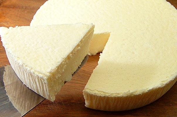 フロム蔵王濃厚チーズケーキ