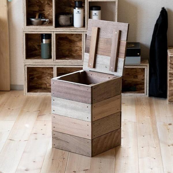木材パレットのコンポストの写真