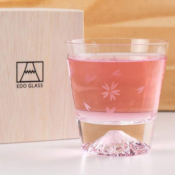 富士山・桜切子グラスの写真