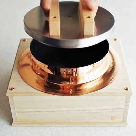 純銅 五合炊き用炊飯釜の写真
