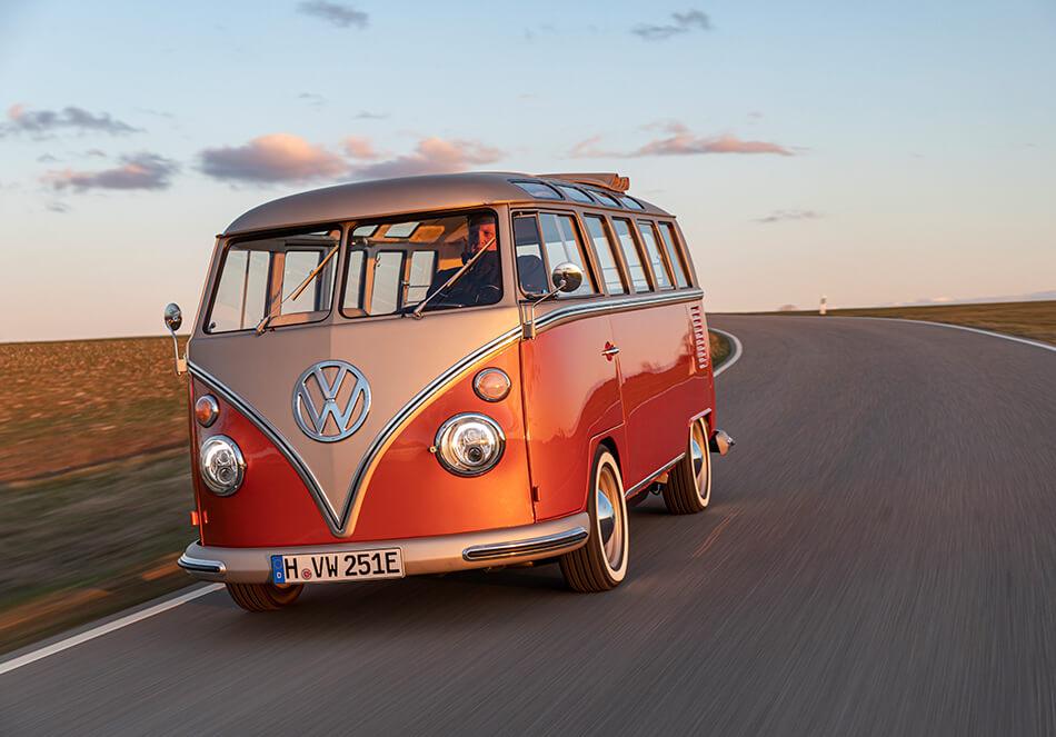 60年代クラシックカーを再生、CO2排出ゼロの電気自動車(外部サイト)