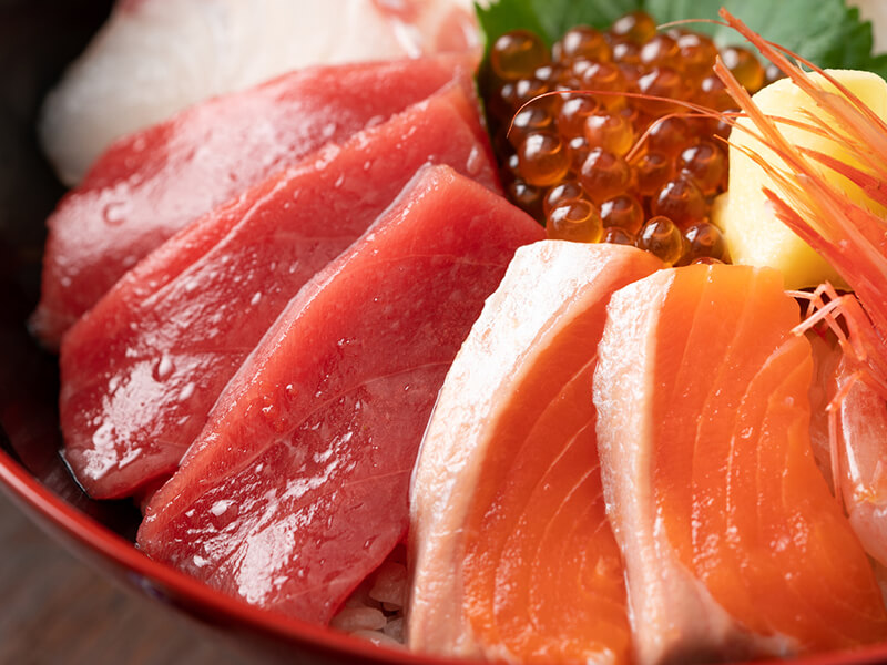 高級寿司ネタ使用海鮮四色丼